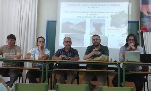 Meza reonda Medio ambiente en Laurineho 30-5-14