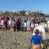 Acción en La Cala contra la Plataforma de gas y petróleo frente a la costa miheña