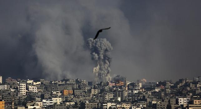 Gaza bombardeá