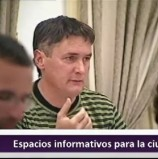 MOCIÓN QUE PRESENTA AM+LV-Q para COLOCAR PANELES DE EXPRESIÓN CIUDADANA EN LA VIA PÚBLICA